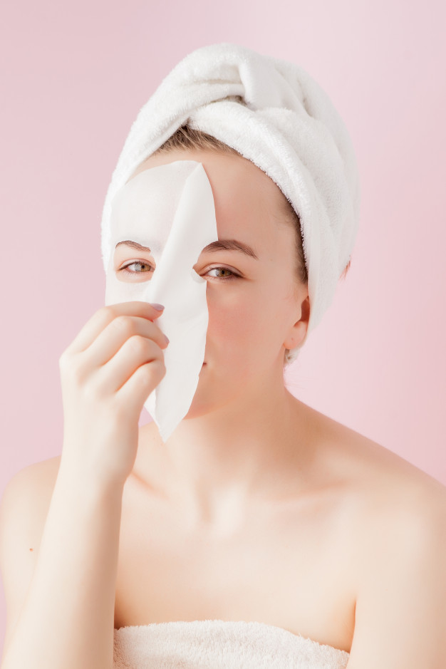 Contract manufacturing of tissue face masks
